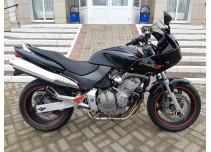 Honda CB-600 Hornet